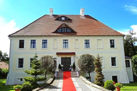 Firma na wesele: Pałac w Solnikach