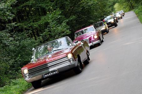 Firma na wesele: Samochody weselne z Podlasia