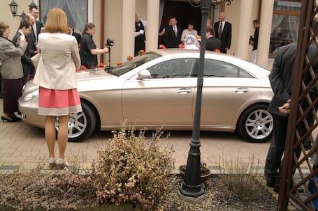 Firma na wesele: Auto do ślubu Mercedes CLS
