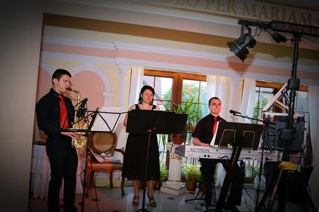 Firma na wesele: Zespół Muzyczny X-TRIM
