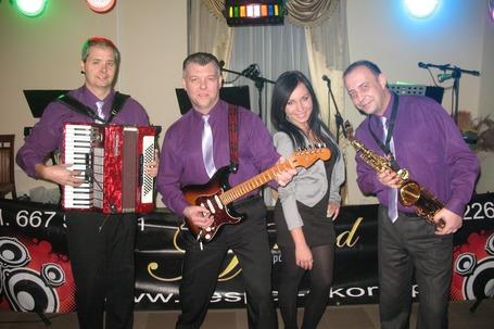 Firma na wesele: Zespół Muzyczny AKORD