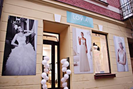 Firma na wesele: LOVIA suknie ślubne