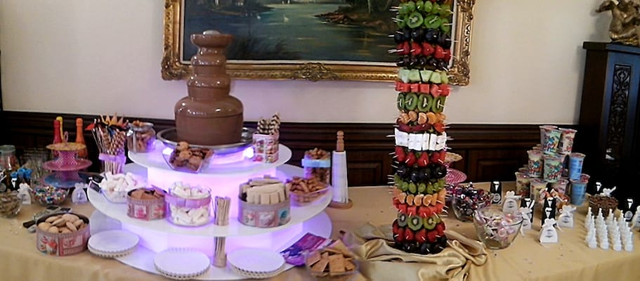 Fontanna czekoaldowa na wesele