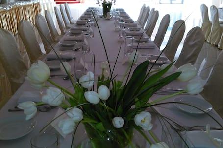 Firma na wesele: Hotel Jabłoński