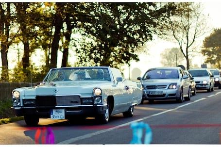 Firma na wesele: Cadillac DeVille Cabrio
