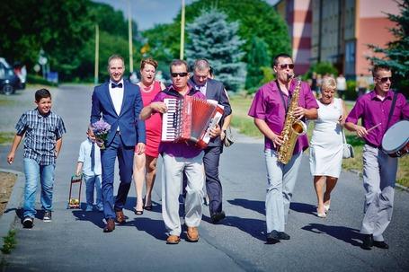 Firma na wesele: Saran Band