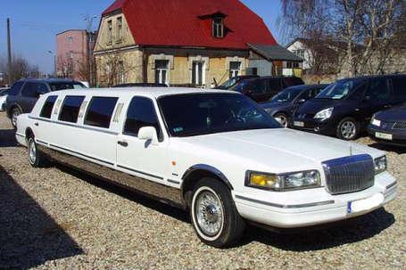 Firma na wesele: lincoln town car 9 metrów