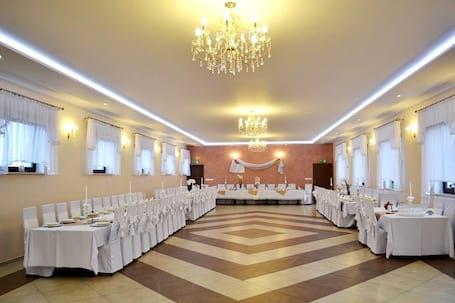 Firma na wesele: Kuchnia Domowa Jan Żurawski