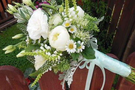 Firma na wesele: Kwiaciarnia Miłodrowska