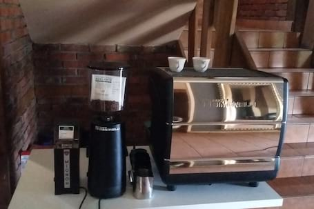 Firma na wesele: HIGH END Coffee Brewers