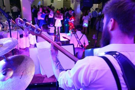 Firma na wesele: Zespół muzyczny HAPPY PARTY BAND