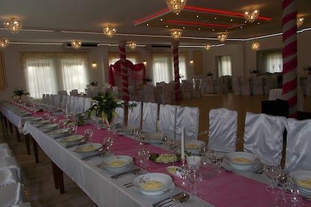Firma na wesele: Dekoracje Weselne DECORATION WEEDING