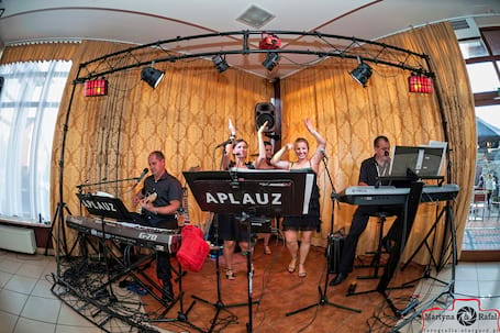 Firma na wesele: Zespół Muzyczny APLAUZ