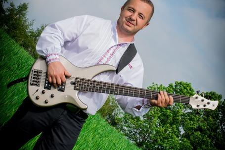 Firma na wesele: Zespół Muzyczny COVER Bochnia