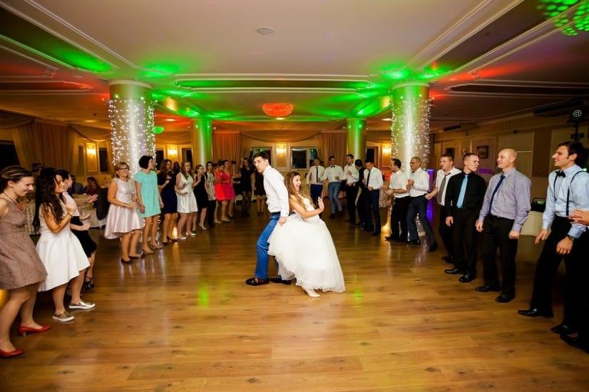 dj na wesele śląsk, animacja taneczna , weselne show