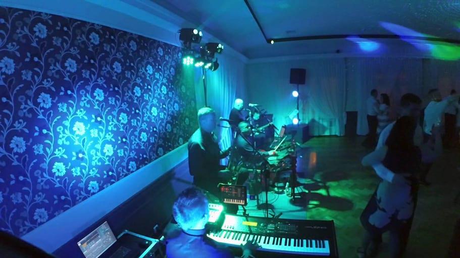 Metrum - Bije mama Krysie [polka] na żywo 2016