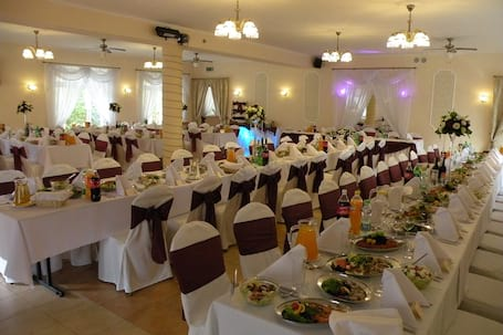 Firma na wesele: Villa AVANTI