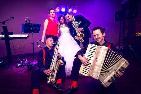 Firma na wesele: Kwiecień Band
