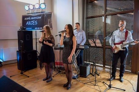 Firma na wesele: Zespół Muzyczny Akces z Galewic