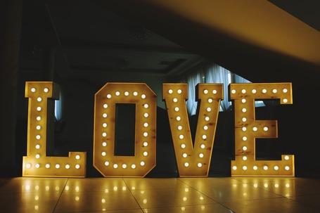 Firma na wesele: LOVE,MR&MRS,inicjały - wypożyczenie