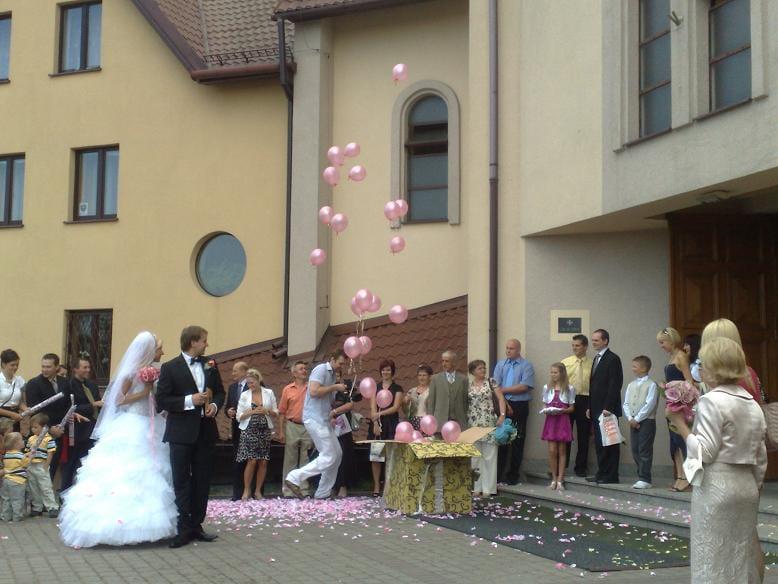 balony w pięknym prezencie