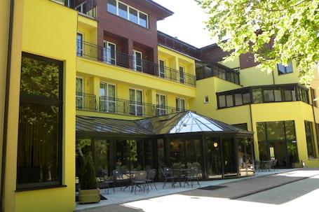 Firma na wesele: HOTEL  Okulski Grand ROZEWIE