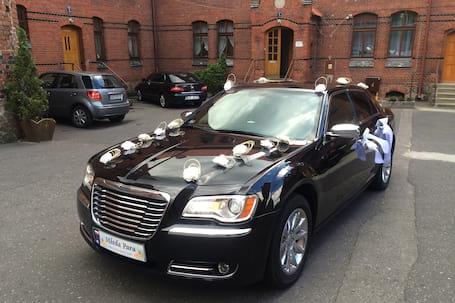 Firma na wesele: Chrysler 300C (nowy model)