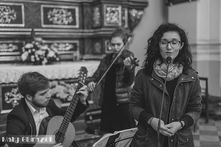Firma na wesele: Amoroso Oprawa Muzyczna Ślubu.