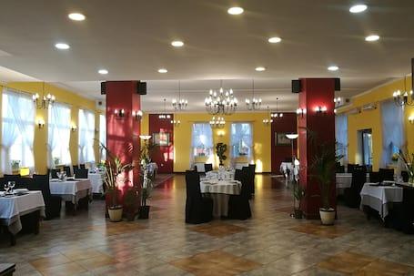 Firma na wesele: Kakadu Hotel-Restauracja