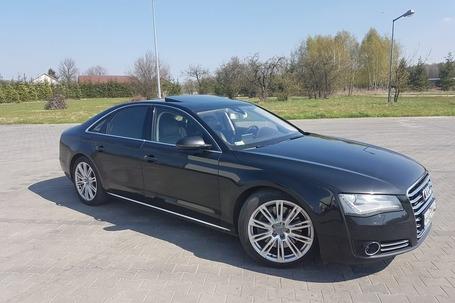 Firma na wesele: Zawiozę do ślubu Czarny Audi A8 D4
