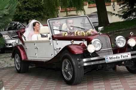 Firma na wesele: alfa romeo Nestor Baron cabrio