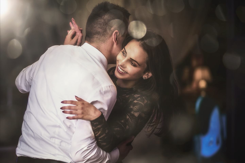 tańcząca Para Młoda , para tańcząca Para na weselu