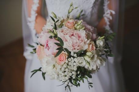 Firma na wesele: Justyna Grzybowska Fotografia