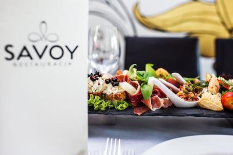 Firma na wesele: Restauracja Savoy Hotel Aristo