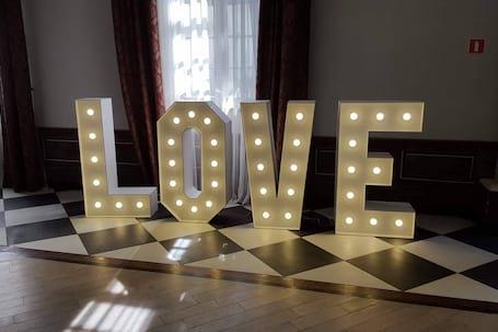 Firma na wesele: HIT WESEL - Napis LOVE