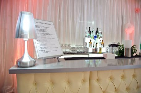 Firma na wesele: KOKTAJLE I MARZENIA - barman