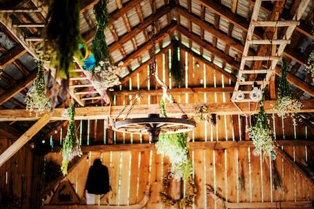 Firma na wesele: Wesele w stodole