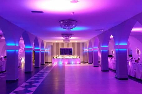 Firma na wesele: Hotel Fero Express