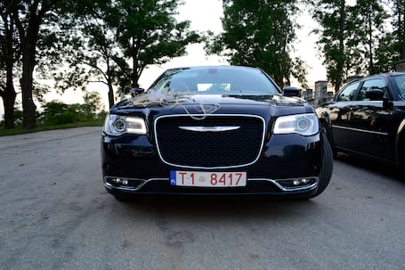 Firma na wesele: Chrysler 300