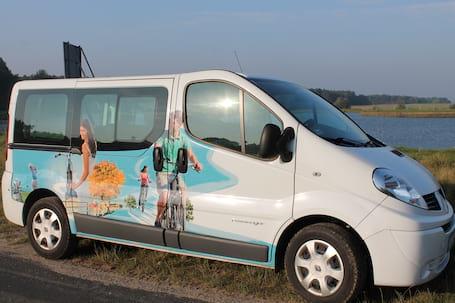 Firma na wesele: Renault Trafic 9 osobowe
