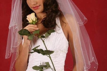 Firma na wesele: Internetowy sklep ślubny Izabela