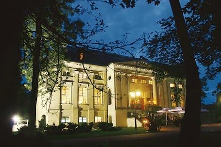 Firma na wesele: Pałac w Pakosławiu