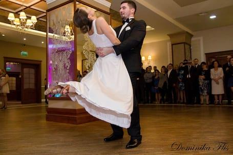 Firma na wesele: Szkoła Tańca Infinitum Studio