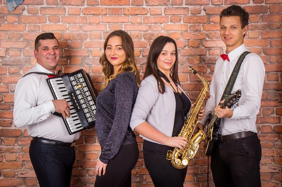 Zespół muzyczny Piotrex-grupa2