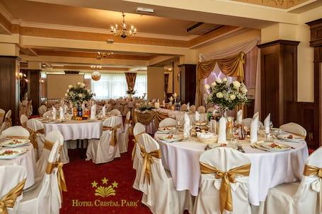 Firma na wesele: Hotel Cristal Park Dąbrowa Tarnowska