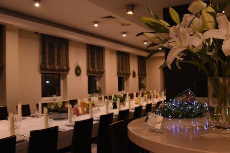 Firma na wesele: Hotel Safir***