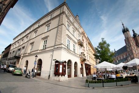 Firma na wesele: The Bonerowski Palace