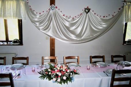 Firma na wesele: Gościniec Pod Dębem