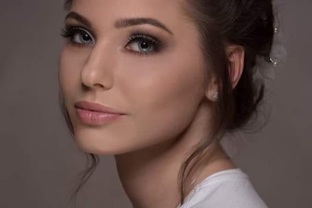 Firma na wesele: AM Make-Up & Hair