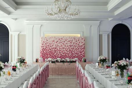 Firma na wesele: Funny Flower - ścianka kwiatowa